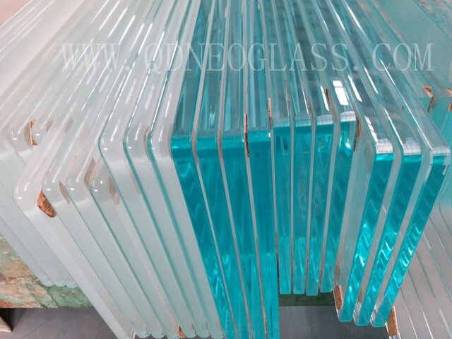 Tempered Showcase Glass