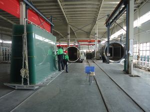 LAMINATED GLASS WAITING FOR LOADING ONTO AUTOCLAVE