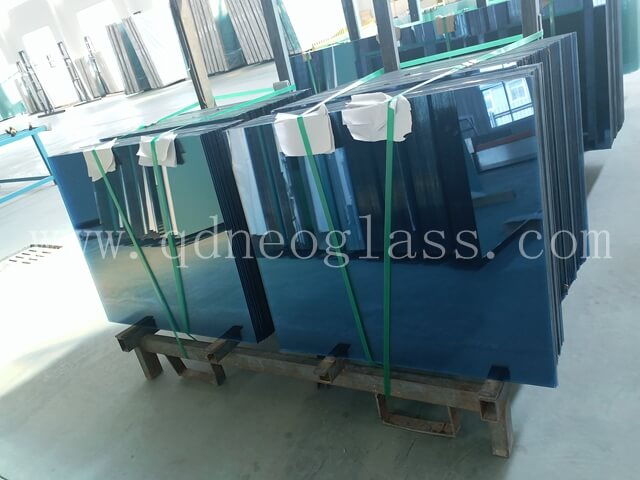 Blue Heat Strengthened Laminated Glass